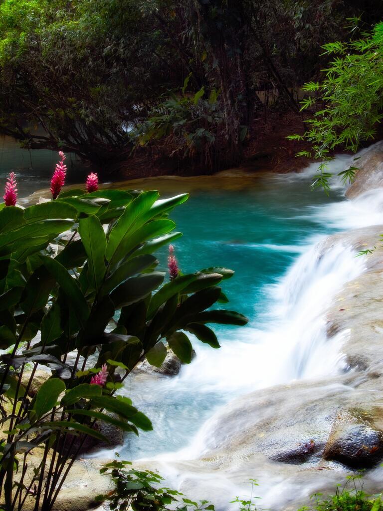 Caribbean wedding destination: Jamaica