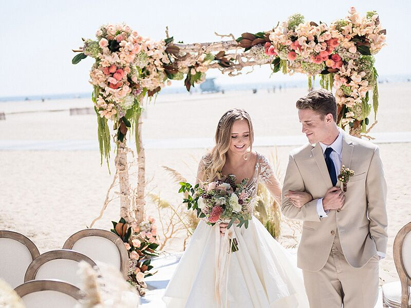 8 Must-Know Tips For Planning A Destination Wedding