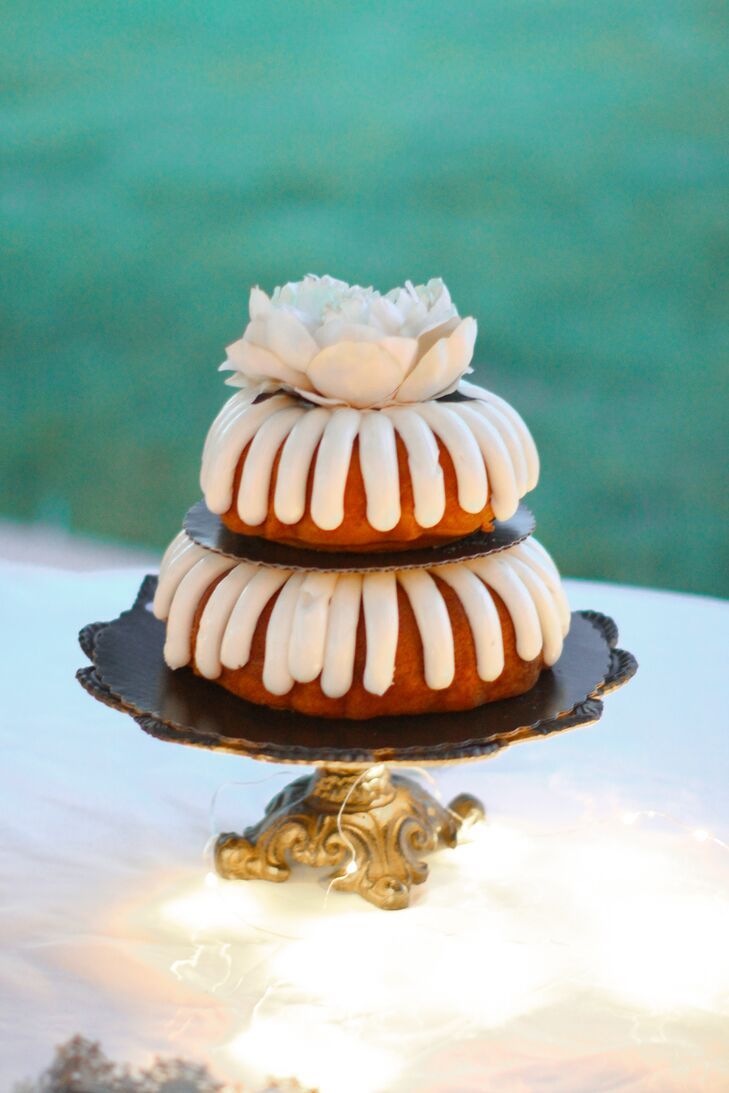 Bundt Wedding Cake On Vintage Display