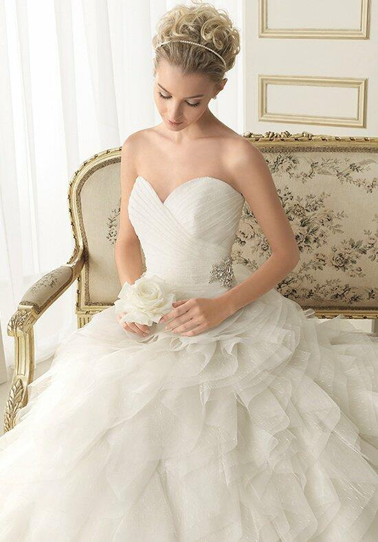 Luna Novias 132-EMILE Wedding Dress photo