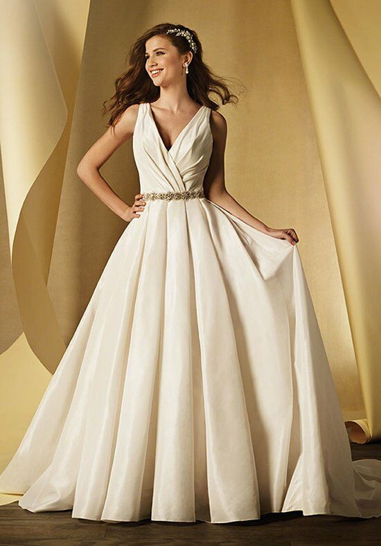 Alfred Angelo Signature 2459 Wedding Dress photo