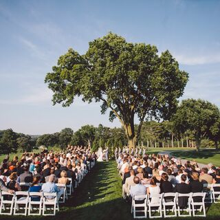 A Traditional Summer Wedding in Omaha
