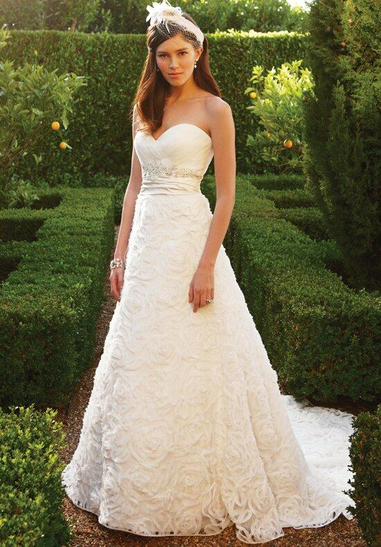 Casablanca Bridal 2048 Wedding Dress photo