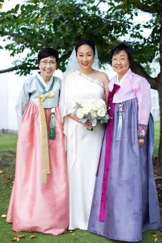 Traditional Chinese Mother of the bride wedding attire