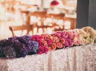 Ombre rose table runner