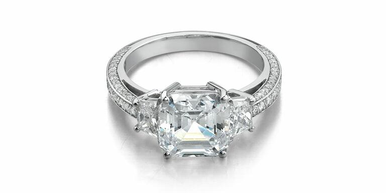 Danhov engagement ring with three stone setting