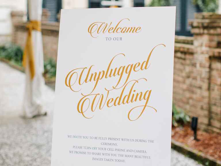 Miss Manners Wedding Etiquette: The New Rules Of Wedding Etiquette