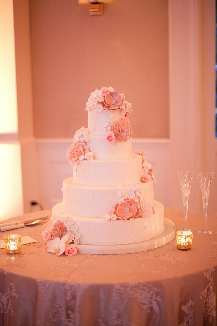 Soft Pink and Ivory Wedding Cake