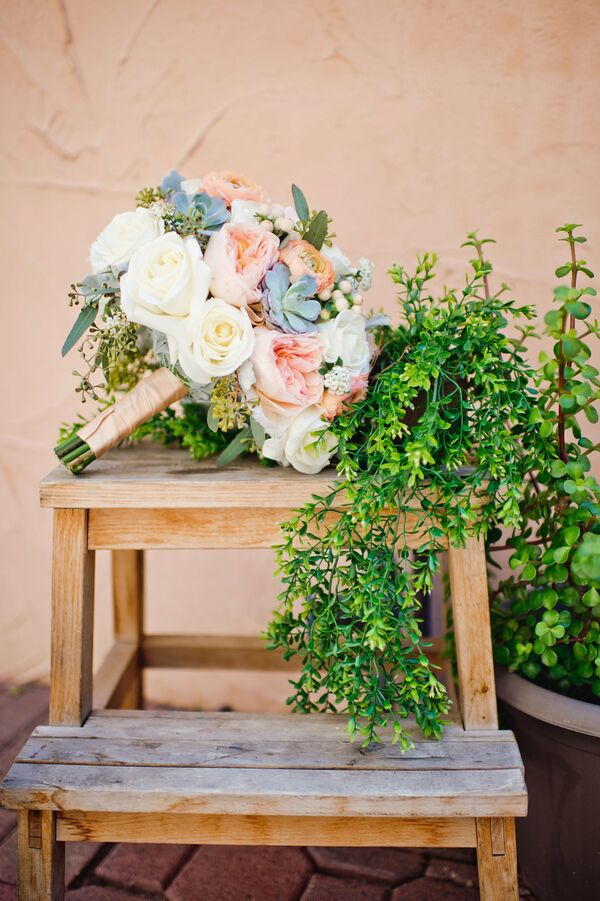 Elegant Bouquet, Spanish-Inspired Desert Wedding