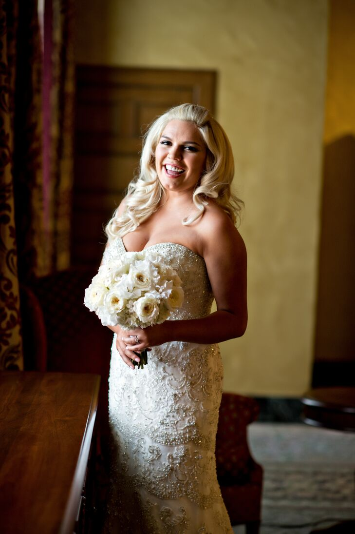 1920s-Inspired Bride With White Rose and Rhinestone Bouquet