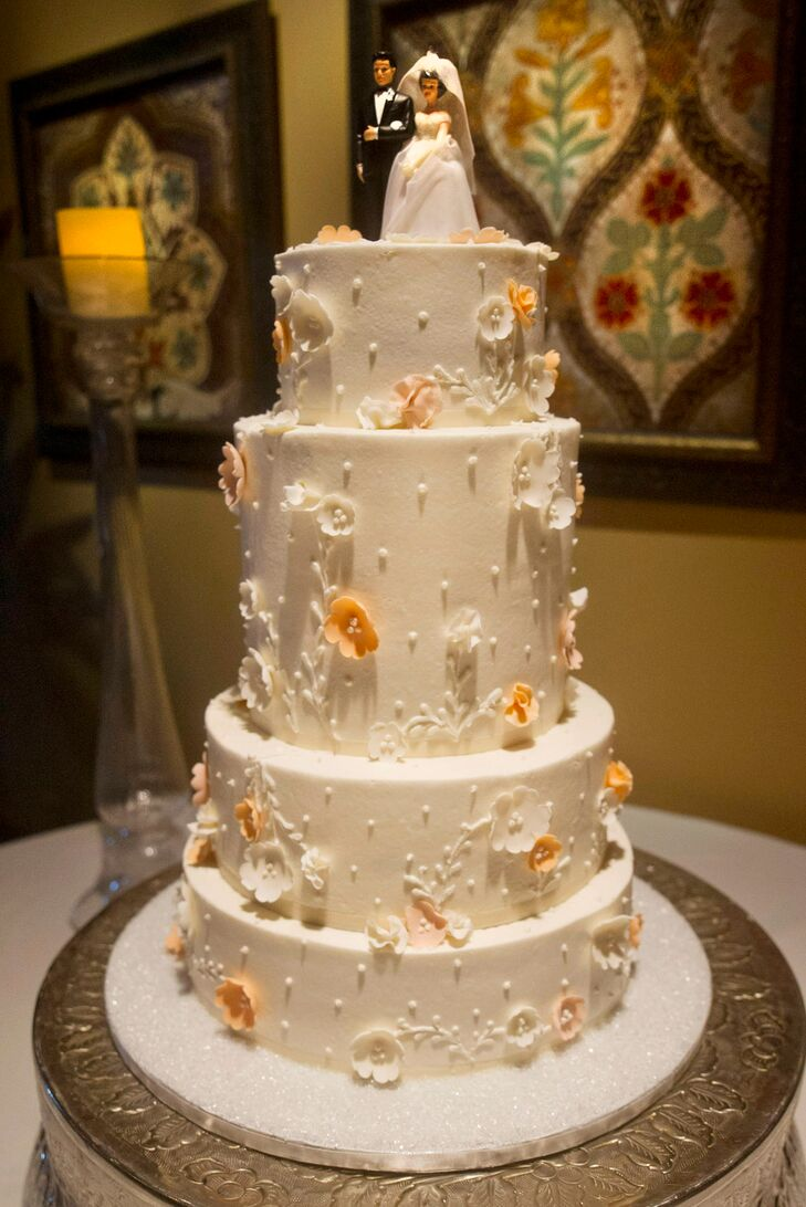 wedding cakes scottsdale az an traditional wedding at sassi in scottsdale 25444