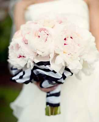 Bouquet Wraps That Wow |<img class=