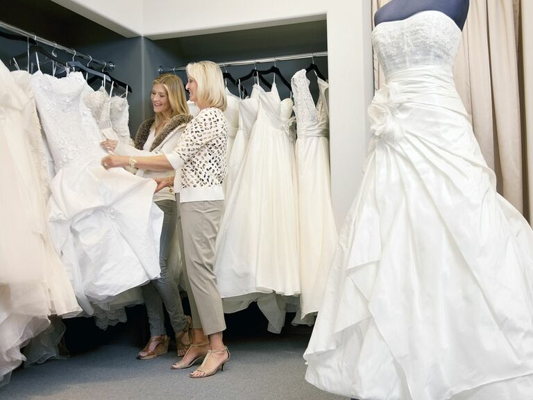 Who should i bring with me wedding dress shopping for Mother in law wedding dresses