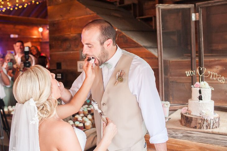 Bride and Groom Feeding Each Other Mini-Cupcakes