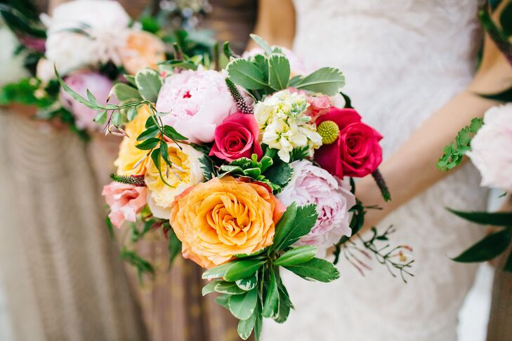 Bright peach and pink bridal bouquet for Bright wedding bouquet