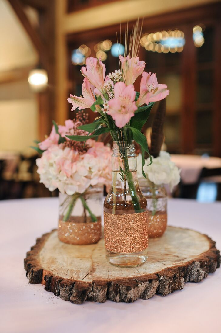 Country Wedding Centerpiece Decorations : Rustic tree stump centerpieces with mason jars and pink
