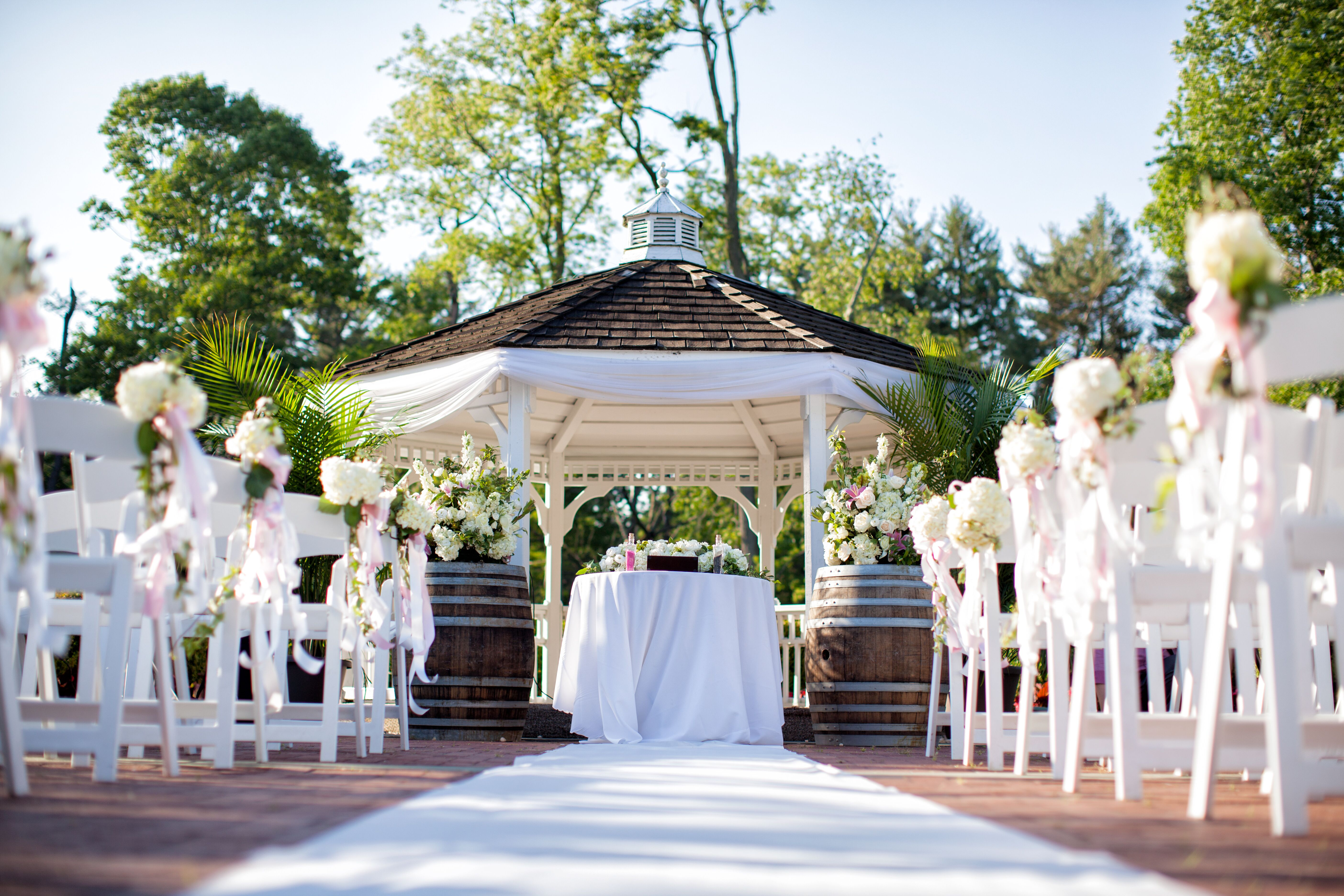 Gazebo Wedding Invitations: Outdoor Gazebo Wedding Ceremony