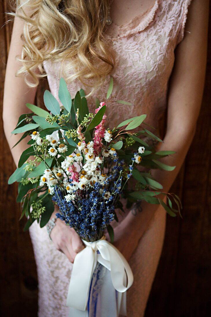 DIY Dried Flower, Seeded Eucalyptus Bouquet