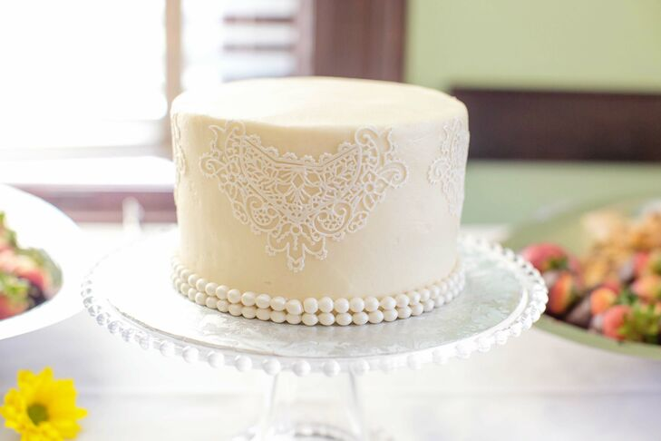 One-Tier Lace Buttercream Wedding Cake