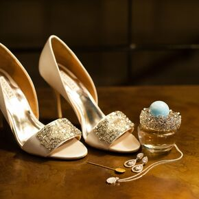 Gold Bridal Heels With Teardrop Earrings And Necklace
