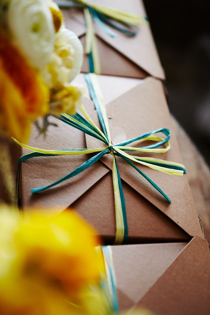 Kraft Paper Favor Boxes with Crinkle Paper Ribbon