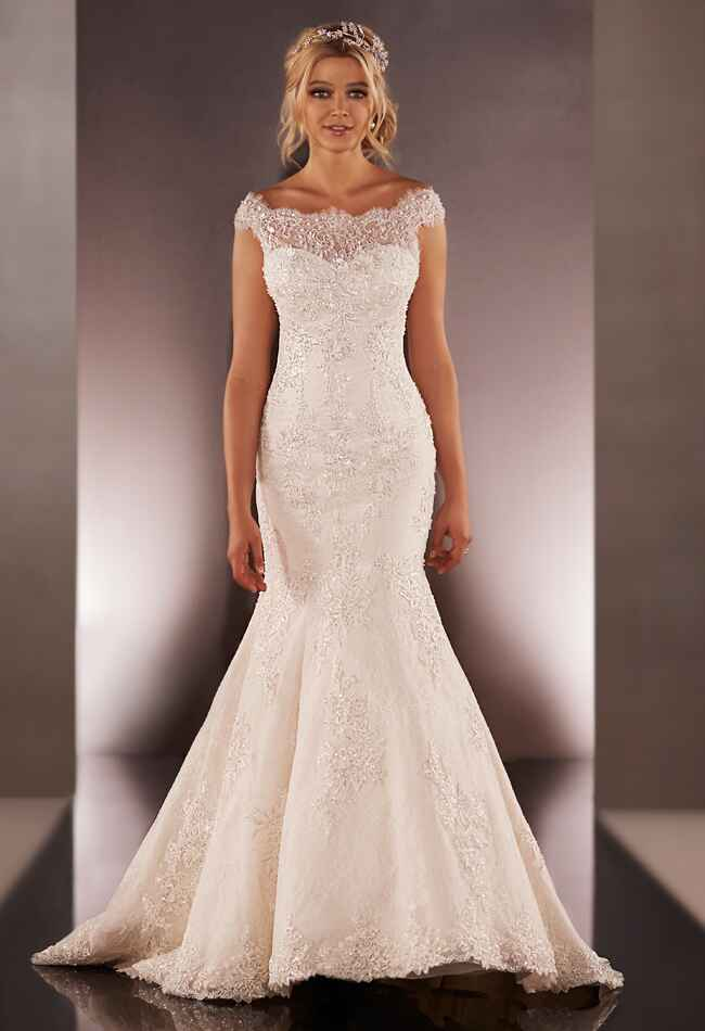 Essence of australia martina liana wedding dresses fall 2015 for Fall lace wedding dress