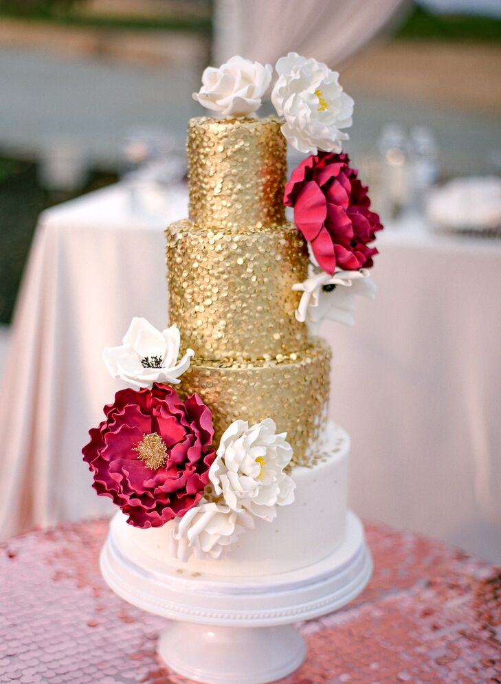 Glamorous Gold and White Wedding Cake