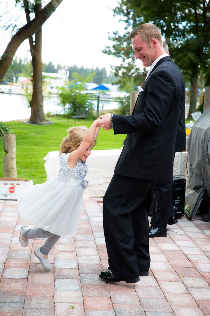 a simple backyard wedding at a private residence in post falls idaho