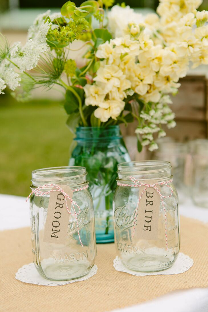 Each guest of the wedding, including the bride and groom, had personalized mason jars.
