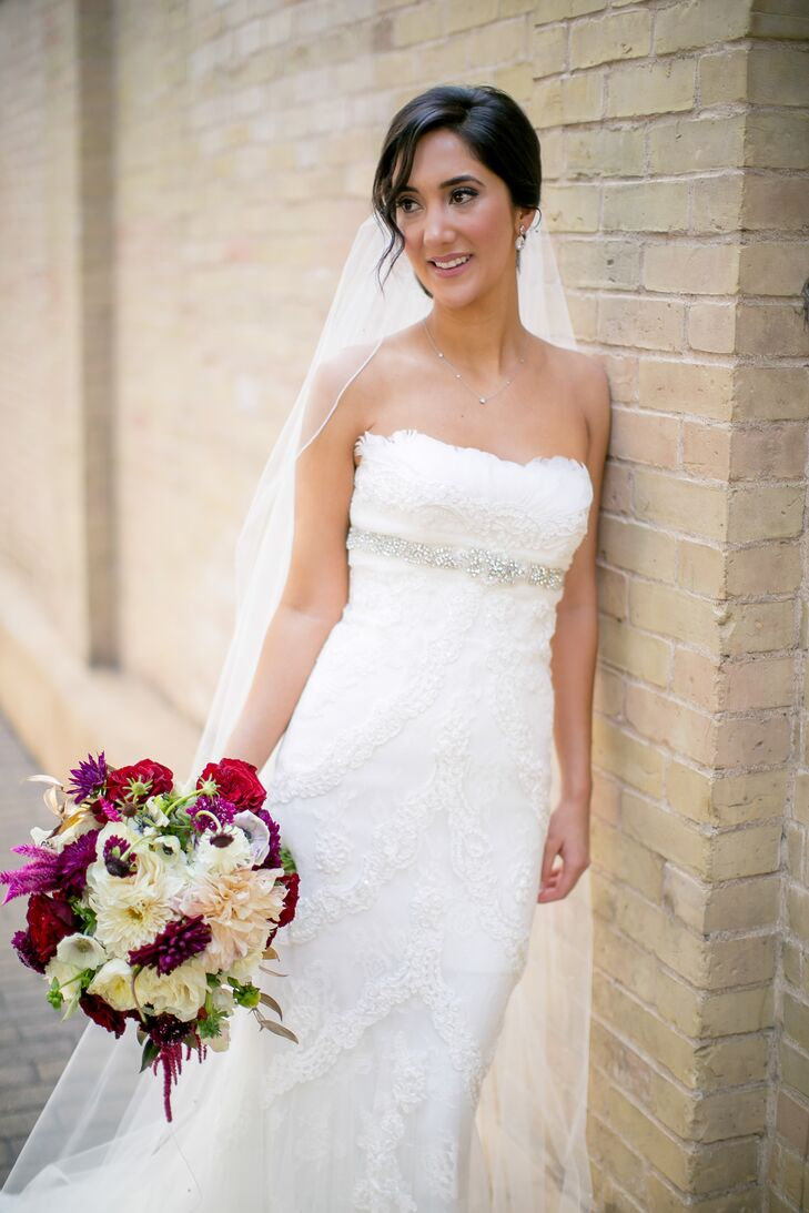 26 plain wedding dresses in austin tx for Plus size wedding dresses austin tx