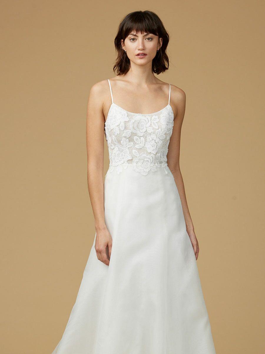 Amsale nouvelle fall 2017 collection bridal fashion week for Nouvelle amsale wedding dress