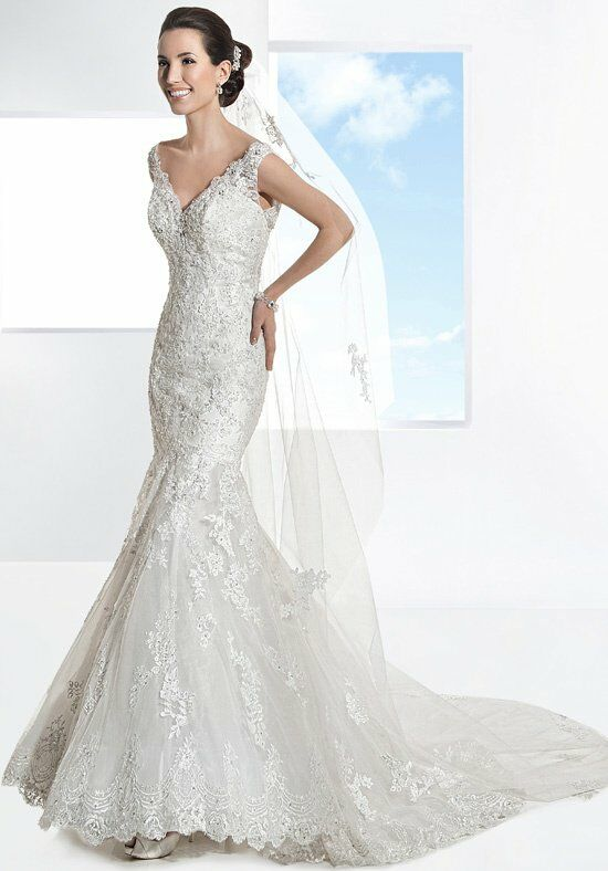 Demetrios 1453 Wedding Dress photo