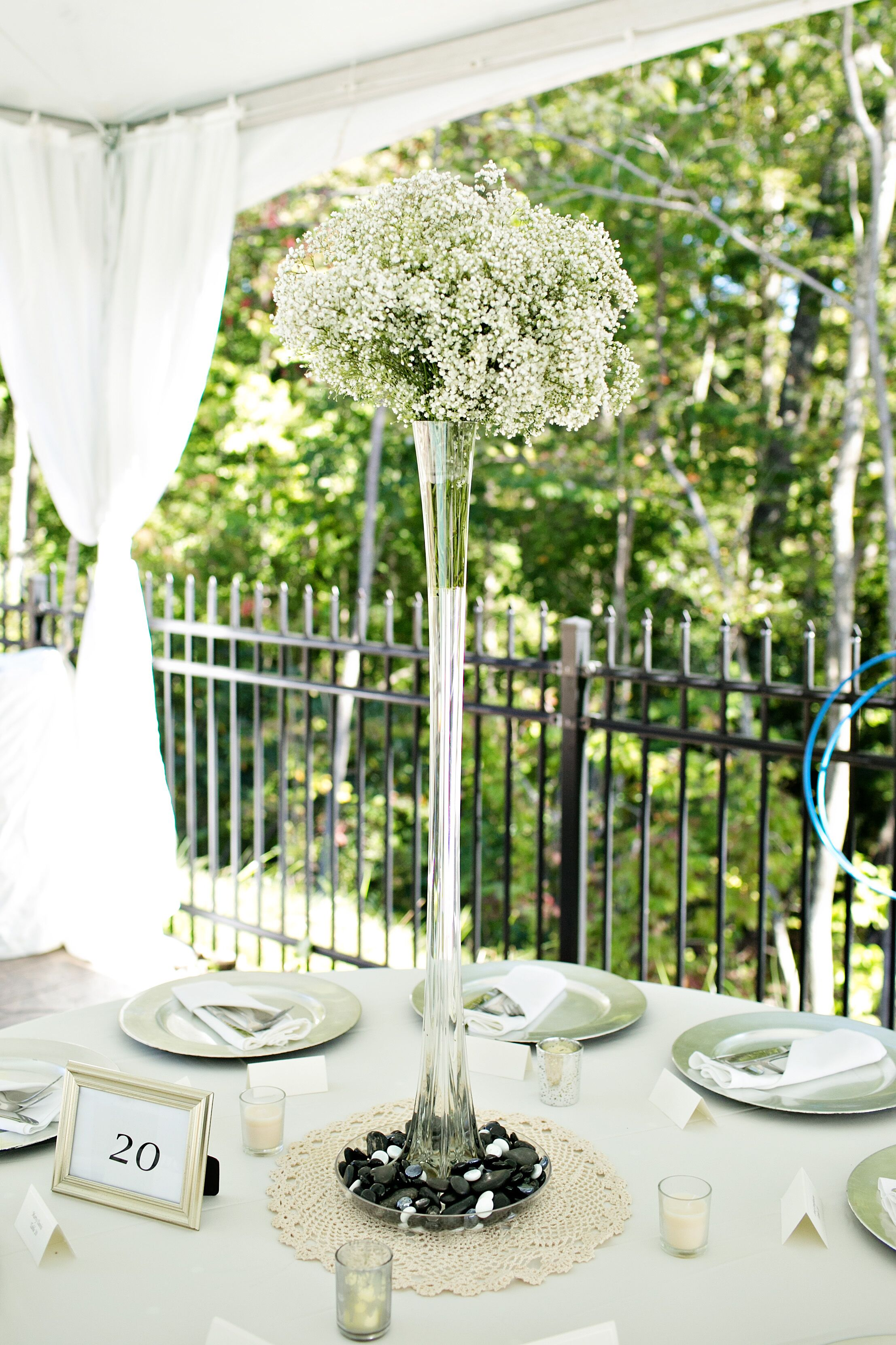 Flower Arrangements In Tall Trumpet Vases With Baby S Breath