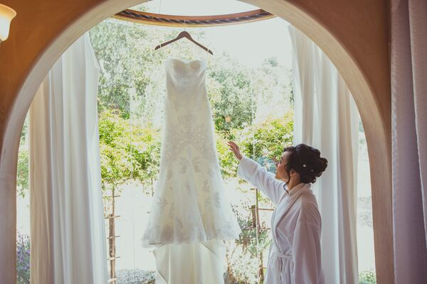 Bride With Ivory Wedding Dress