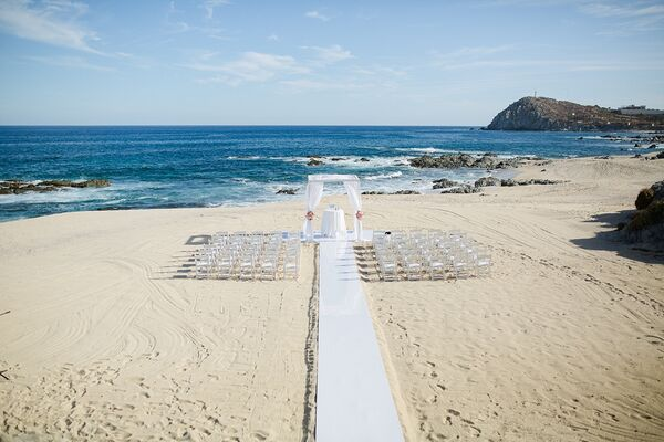 Cabo San Lucas Beachfront Ceremony Setting