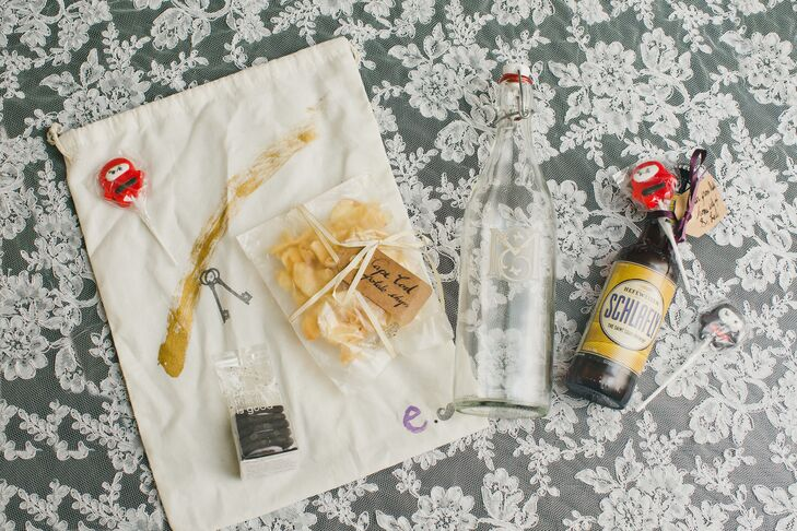Guests were welcomed to Los Angeles, California, with gift bags, each of which included items that called to mind Esme and Matthew's hometowns. Items included Cape Cod chips (representing the bride's home state of Massachusetts), a bottle of Schlafly beer from the groom's home city of St. Louis and a custom monogramed glass carafe.