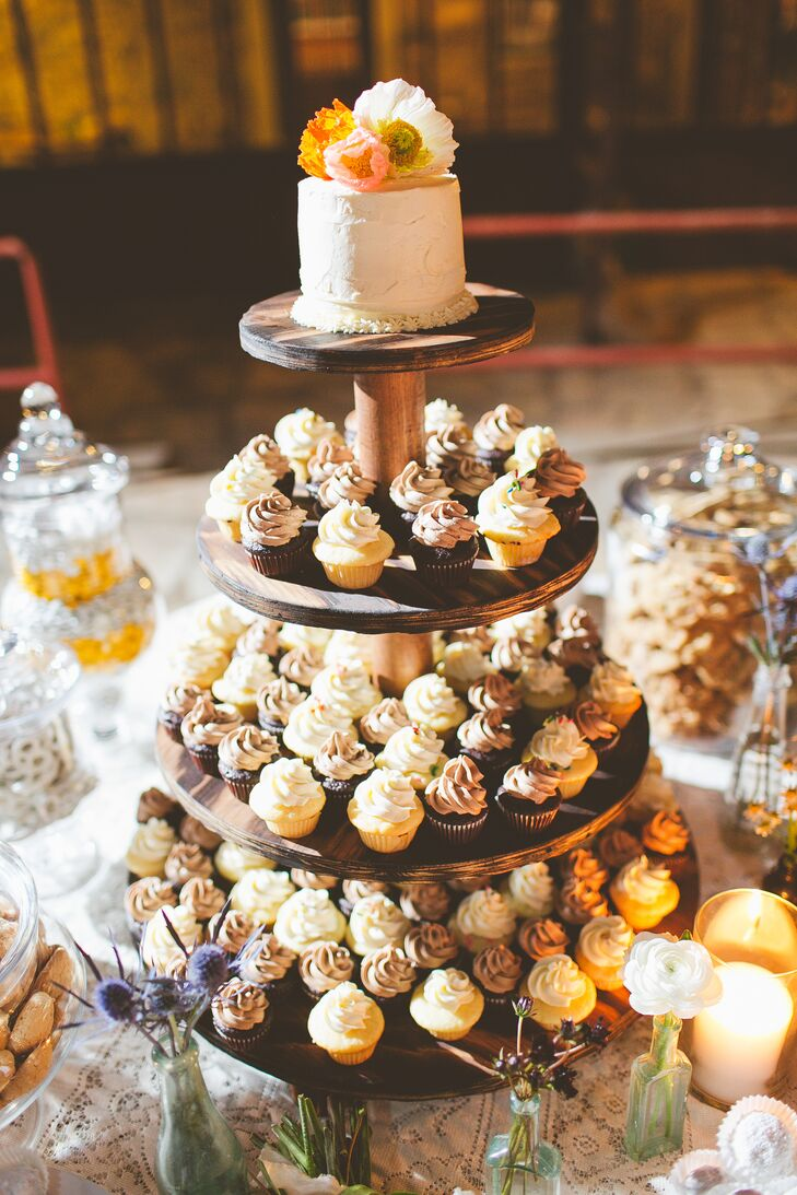 Diy Dessert Bar Single Tier Wedding Cake