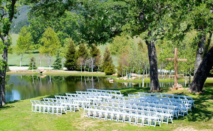 Ceremony Venue With Green Backdrop