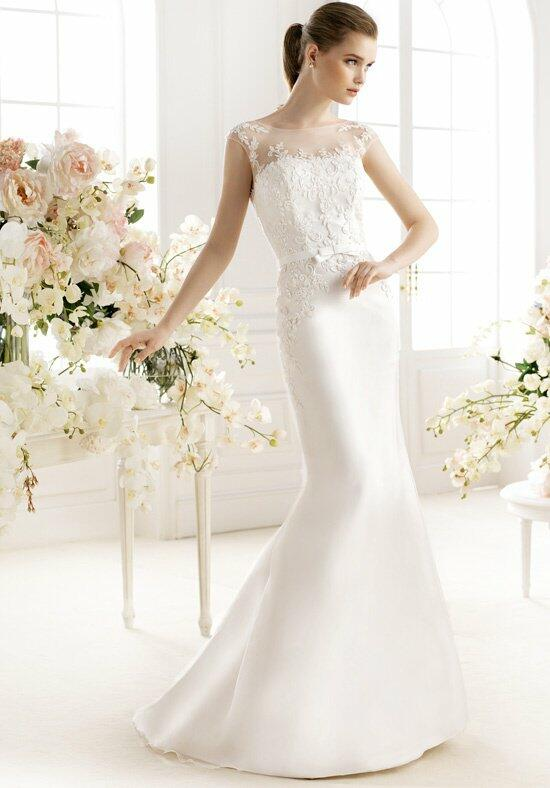 AVENUE DIAGONAL Palmere Wedding Dress photo