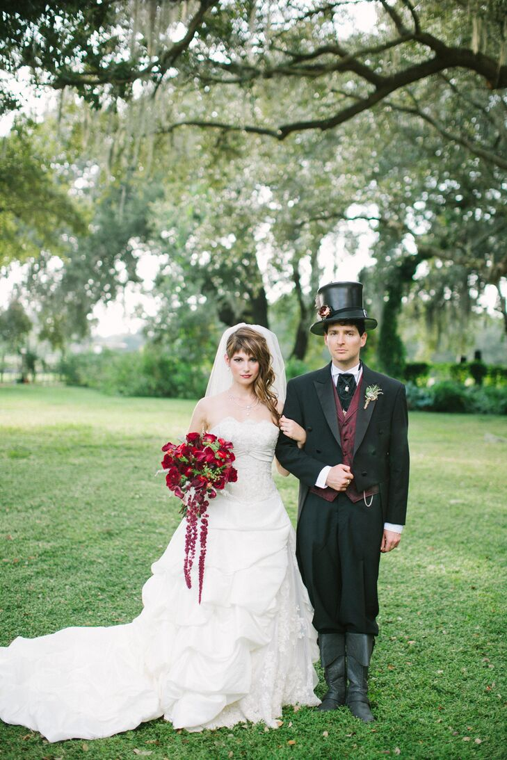 A Victorian Steampunk Themed Wedding At The Cross Creek Ranch In Dover Florida