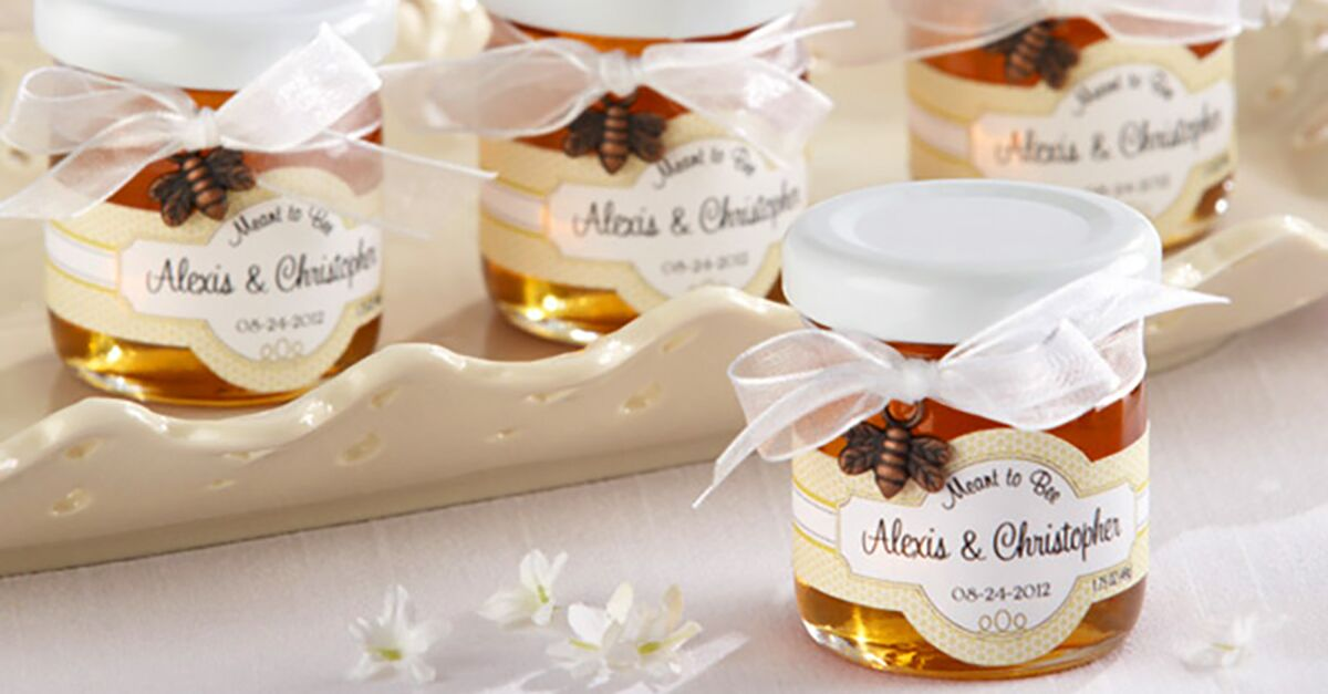 10 Personalized Wedding Favors That Are Fun (and Affordable!)