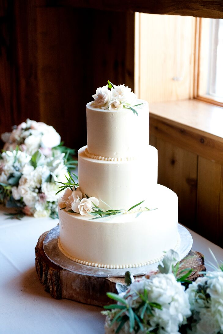 Traditional Ivory Buttercream Wedding Cake