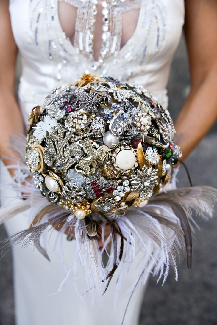 Brooch Bouquet With Feathers