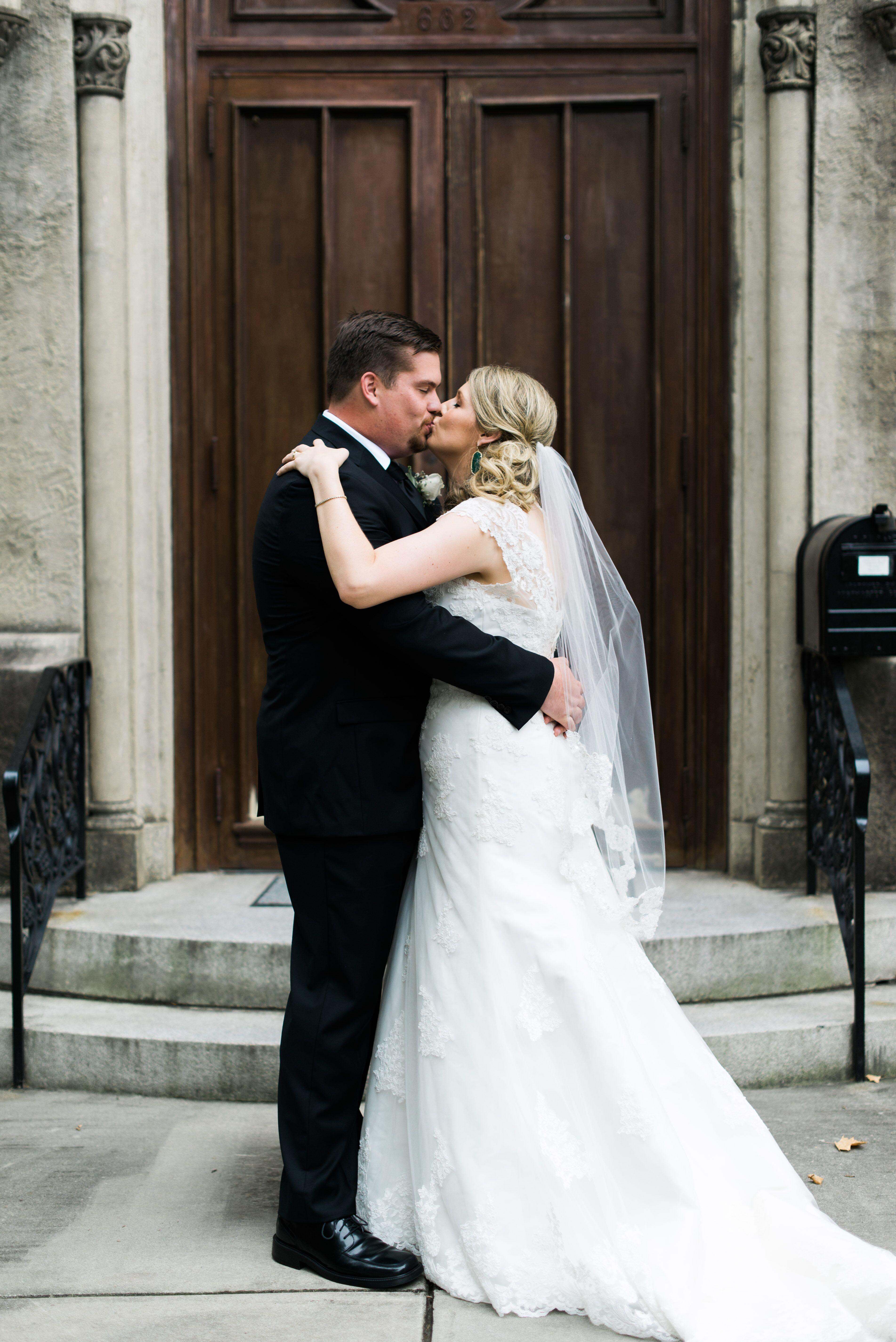 A classic wedding at first presbyterian church in macon for Wedding dresses macon ga