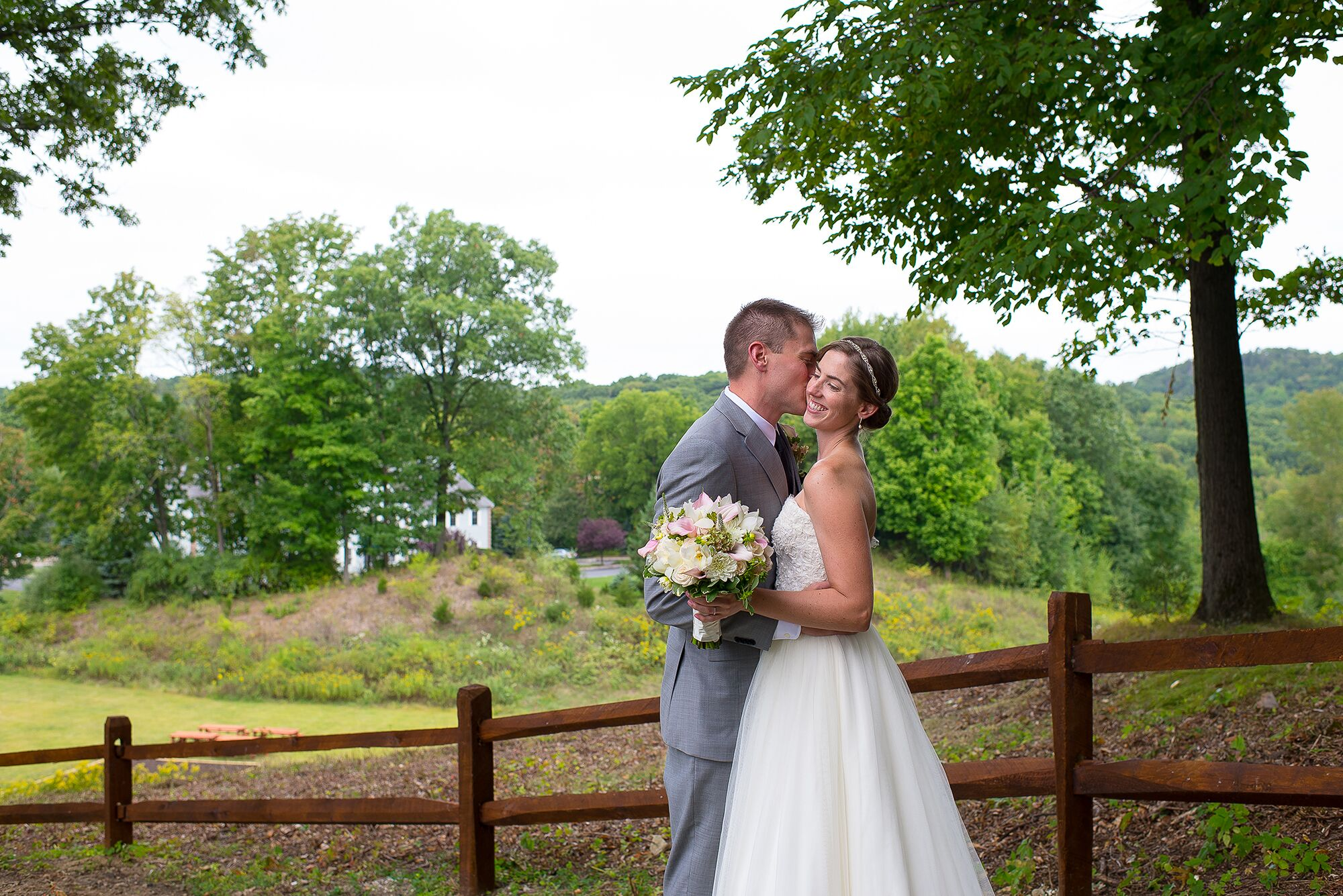 a cozy rustic wedding at the mohawk house in sparta  new the mohawk chop house the mohawk house
