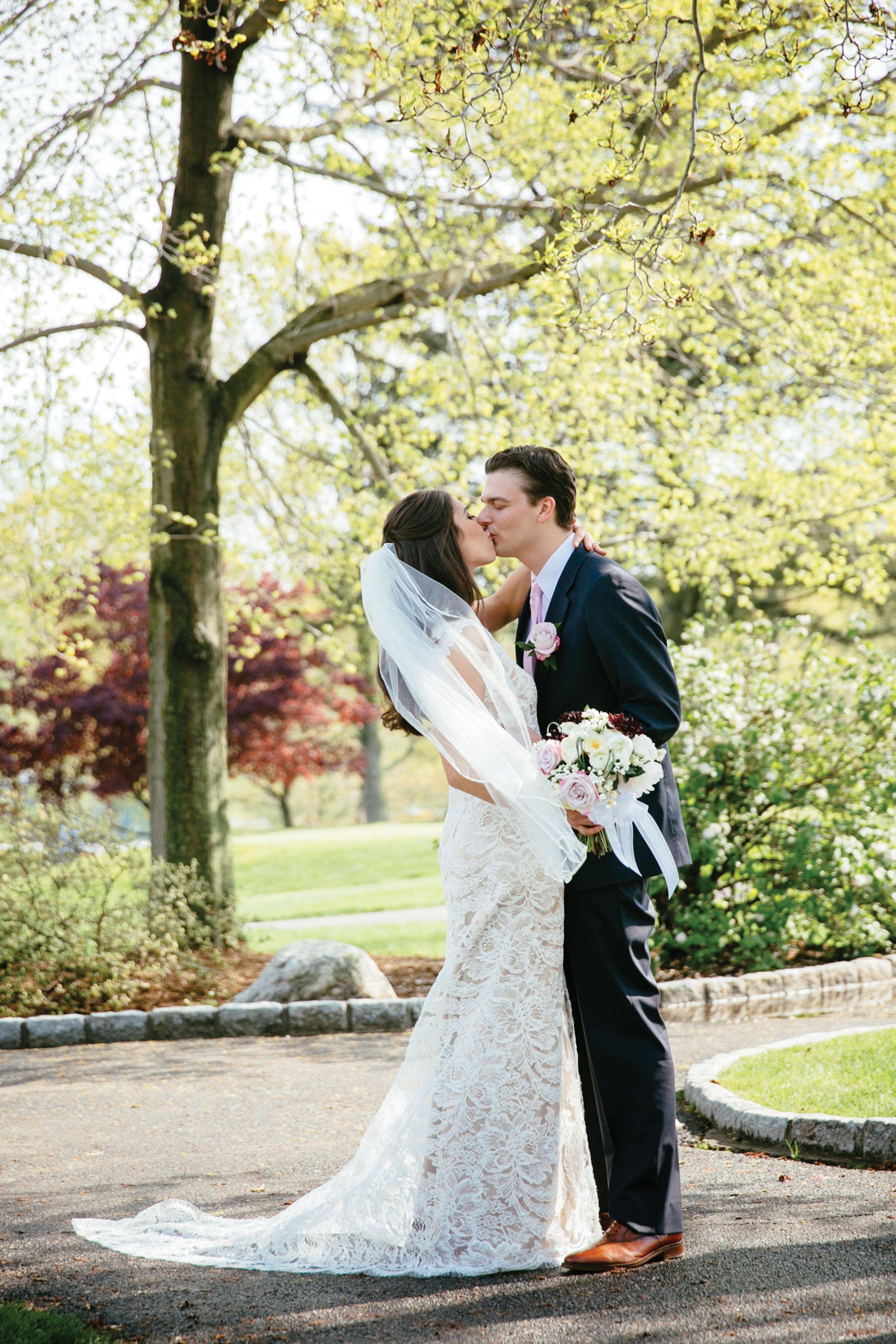 Anna Maier Ulla Maija Sheer Lace Wedding Dress