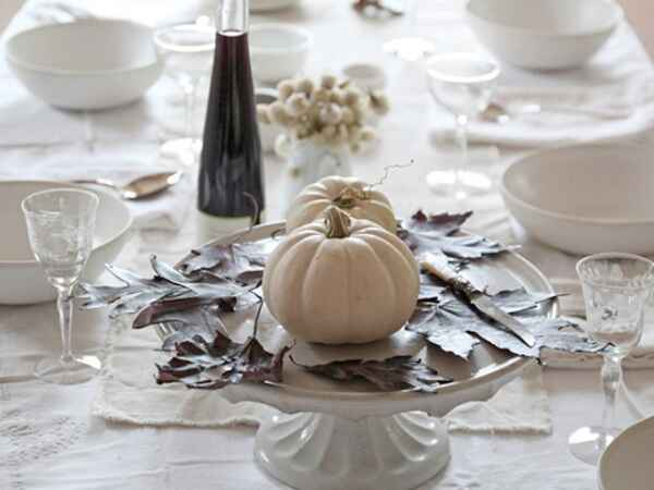 Follow these simple DIY steps to create a Halloween table setting that's perfectly adult-friendly.