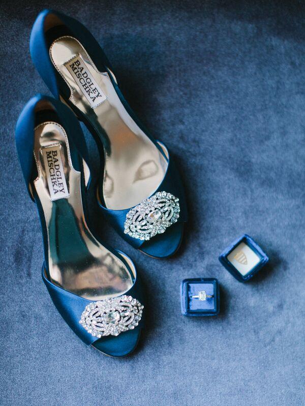 Blue wedding shoes blue wedding heels junglespirit Images