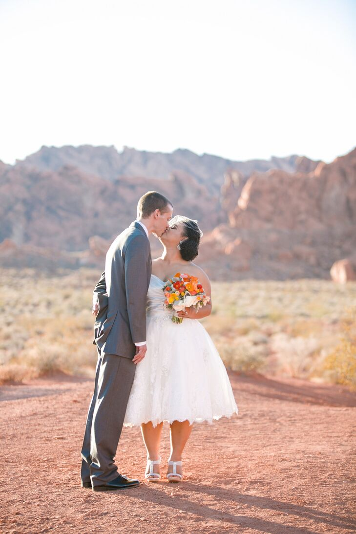 A Valley Of Fire Nevada State Park Wedding In Overton, Nevada. Writing Wedding Ceremony Ideas. Wedding Table Decorations Second Hand. Wedding Hymn We Pledge To One Another. Wedding List Printable. Wedding Programs Target. Zambian Wedding Attire. Wedding Budget Template Nz. Best Site For Indian Wedding Dresses