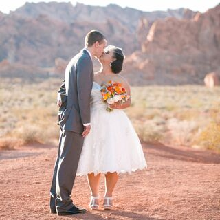 A Valley of Fire Nevada State Park Wedding in Overton